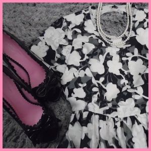 kate spade Dresses & Skirts - Beautiful Kate Spade Dress - flawless condition!