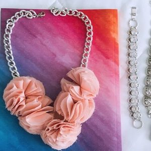 Jewelry -    Silver & Blush    Chain Link Statement Necklace