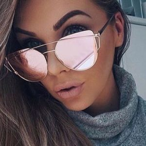 Accessories - ‼️LAST ONE‼️CHIC New Mirrored Sunglasses!