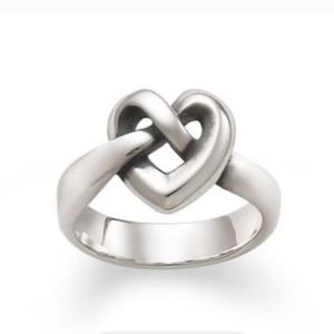 James Avery Jewelry - James Avery Sterling Silver Heart Ring💍