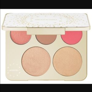 Becca x Jacalyn Hill Champagne Collection Palette