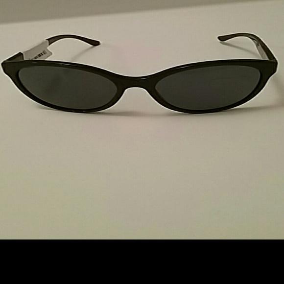 0c218b88e2 Versa Luxottica sunglasses