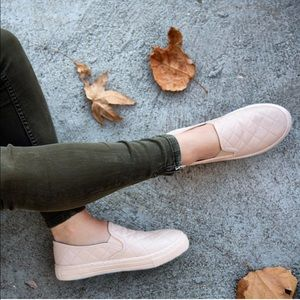 Shoes - Nude quilted slip on sneaker