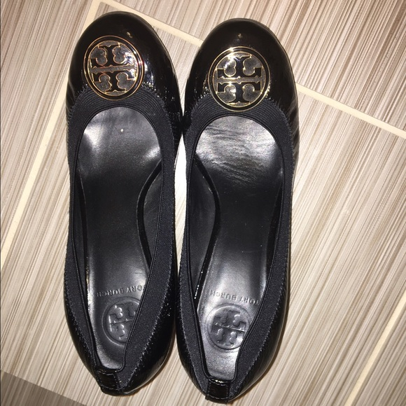b61679253dce4 M 58829fb77fab3addff020311. Other Shoes you may like. Tory Burch Miller  Jelly Thong Sandal- Like New