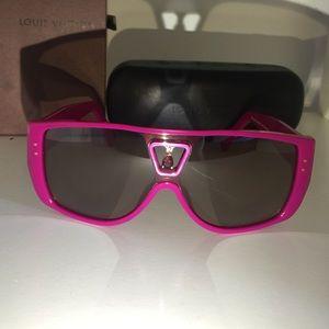 8079357d02446 ... sunglasses louis vuitton bindi ...
