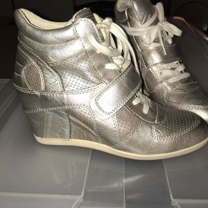 Ash wedge sneakers in pewter/silver 41- fits 10