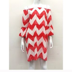 Dresses & Skirts - NWT Chevron dress