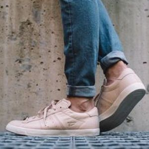 Onitsuka Tiger Shoes - Onitsuka Tiger Lawnship Sneaker in Sand & Sand!