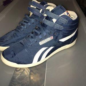 Reebok Freestyle hi-top sneakers size 10 navy