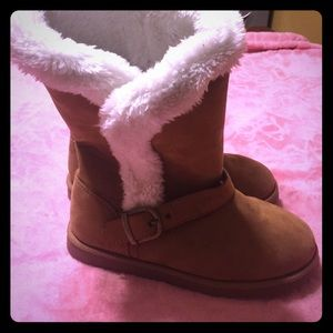 Shoes - Winter boots girls youth size 5 Purchase at Sears
