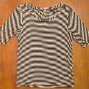 Banana Republic Factory Store Tops - M shorter sleeve striped top