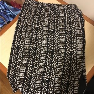 Unique printed pencil skirt