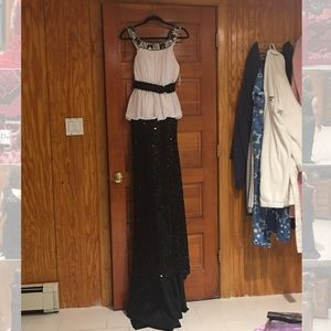 Dresses & Skirts - Black and white beautiful gown