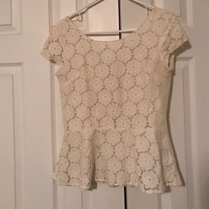 Xhilaration Peplum Lace Short Sleeve Top