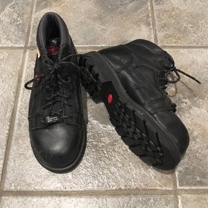 Wolverine composite safety toe boot black. 6W