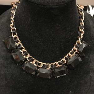 Jewelry - Black jewel chain necklace