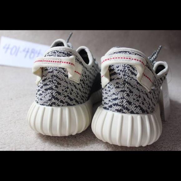 Adidas Yeezy Dove