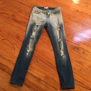 Cello Jeans Denim - Ripped stretchy Jeans. Excellent Condition!!