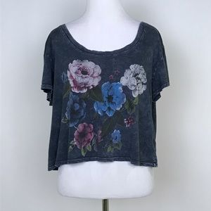 [Urban Outfitters] Floral Low Back Graphic Tee Top