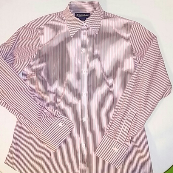 Brooks Brothers Tops - Brooks Brothers Womens 4 Non Iron Button Shirt