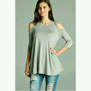 Fashionomics Tops - ☆SALE☆Cut Out Shoulder Swing Top in Heather Grey