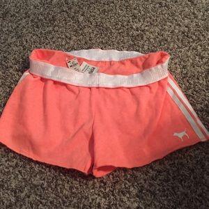 PINK Victoria's Secret Pants - Pink vs shorts