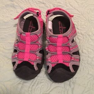 Blue Fin Other - Bluefin toddler water/outdoor shoes, size 7