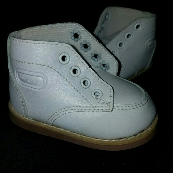 NEW! Baby Walking Shoes Size 3 3BB from Bre's closet on Poshmark