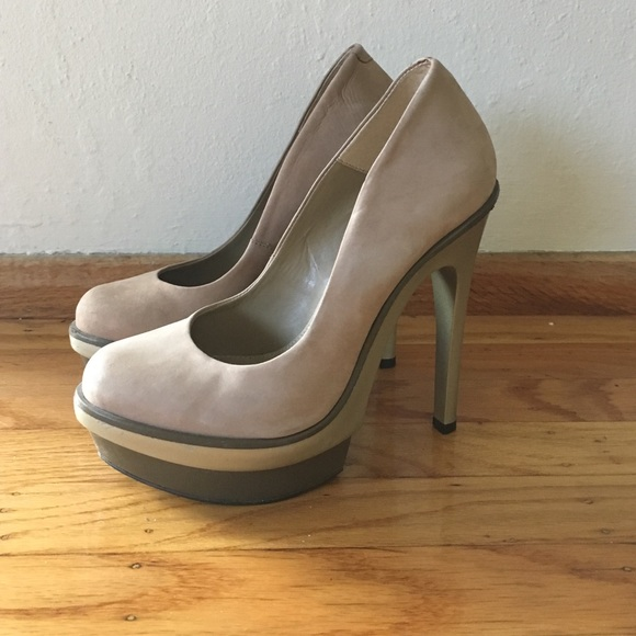 634f75e9bfd1 Carvela (Kurt Geiger) Nude Stiletto Heels -size 38