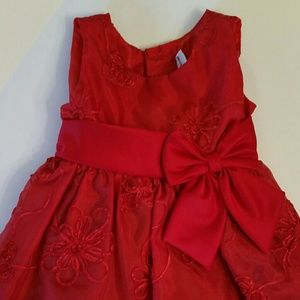 Rare Editions Other - SALE Bright Red Dress w/ Gorgeous Detail