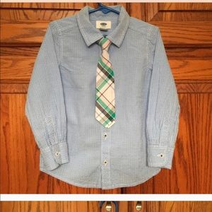 Old Navy Other - Old navy shirt with tie lightly used