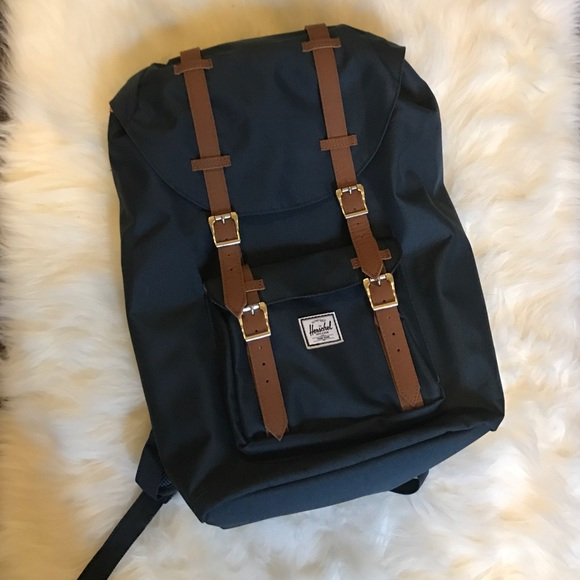 bb36afee6bac Herschel Supply Company Bags
