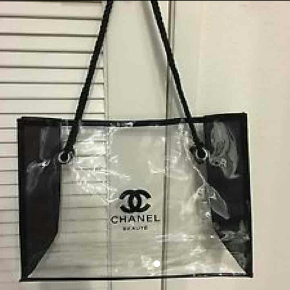 72172fc88d54 CHANEL Handbags - Chanel counter makeup clear bag