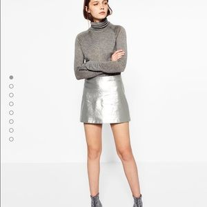Zara Dresses & Skirts - 🆕 Zara woman short metallic skirt - silver