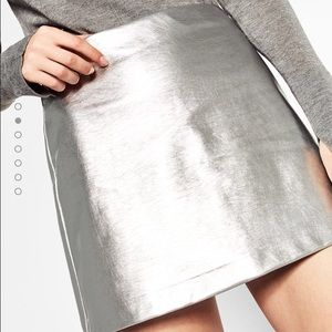 Zara Skirts - 🆕 Zara woman short metallic skirt - silver