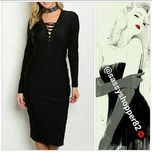 Dresses & Skirts - SASSY Little black dress