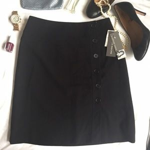 Dresses & Skirts - NWT side button up professional black skirt