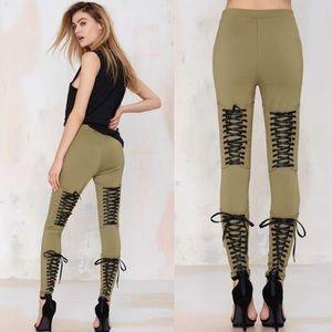 Nasty Gal Pants - Tie's The Limit Leggings💚