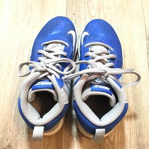 Nike Other - Boy's blue Nike shoes Team Hustle D7