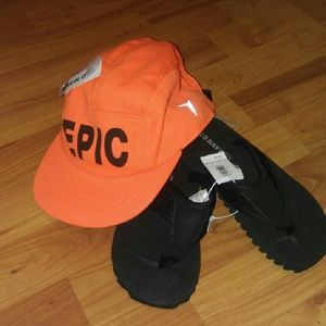 Old Navy Other - *3 for $15*Boys flip flop and hat bundle