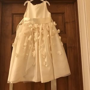 Joan Calabrese Other - Ivory Joan Calabrese flower girl dress