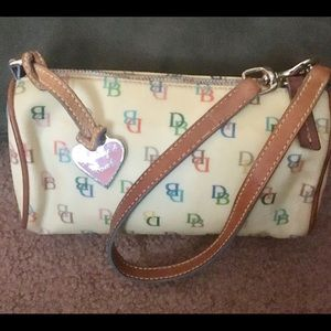 VINTAGE  Dooney & Bourne  Minnie purse