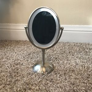 Other - Makeup mirror with 3x zoom