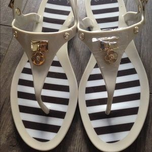 henri bendel Shoes - New Henri Bendel Miss Bendel jelly sandals. Cream