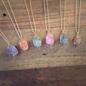 Natural Druzy Stone Pendant Statement Necklace