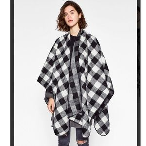 Zara Women's Black Check Poncho
