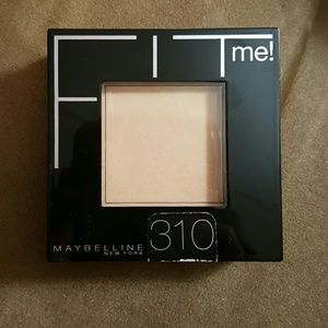 Maybelline Other - Maybelline FIT me! Powder