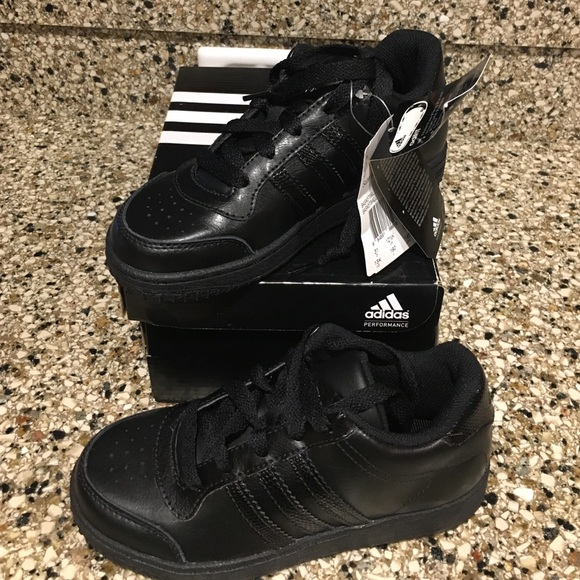 Boys Black Adidas Tennis shoes size 13