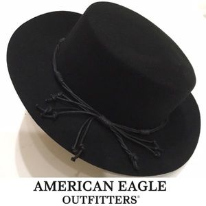 Accessories - FESTIVAL READY: NEW WESTERN STYLE BLK FELT HAT OS