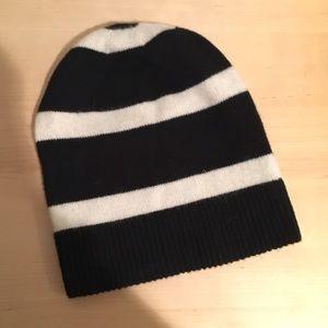 Uniqlo Accessories - NWT 100% cashmere knit striped beanie hat